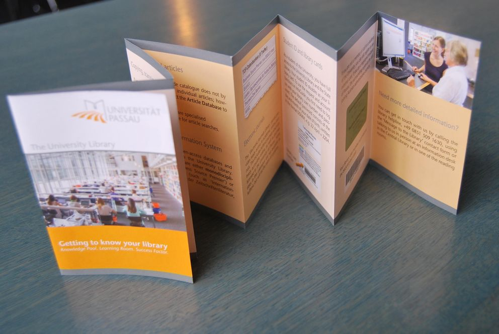 Leaflet of the University Library